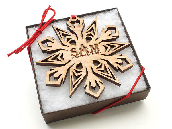 Steamboat Art Museum Maple Snowflake Gift Box