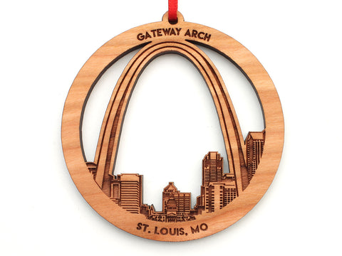 Saint Louis Missouri Circle Ornament with Detailed City Skyline Engraving and St. Louis Arch