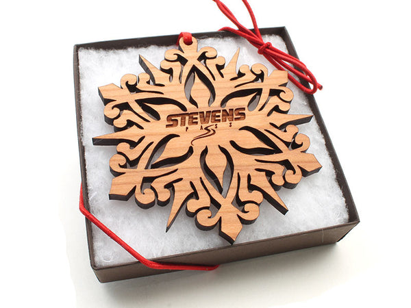 Stevens Pass Detailed Snowflake Ornament Gift Box