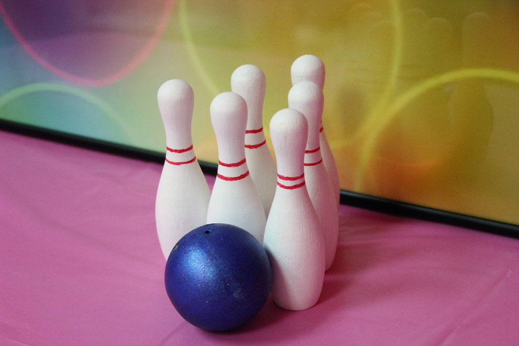 Birthday Party Craft-Bowling Ball & 6 Bowling Pins