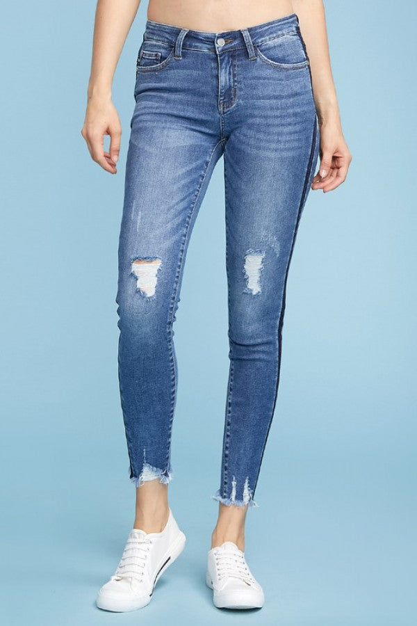 Frayed Bottom Skinny Jeans