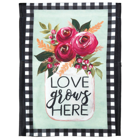 Garden Flag - Love Grows Here Mason Jar
