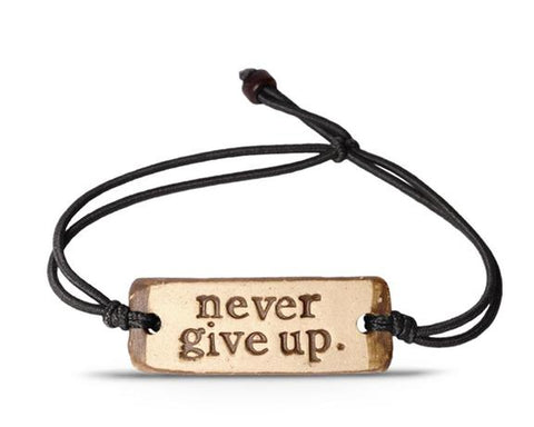 MudLOVE Bracelet - Never Give Up