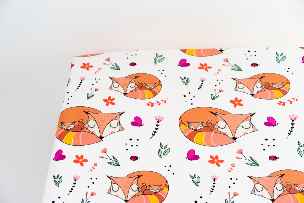 Organic Cotton Interlock Crib Sheet - Snuggling Foxes - Animal Collection
