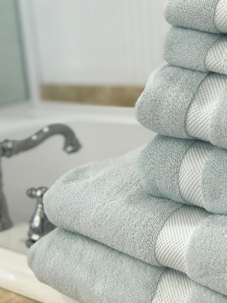 Cozy Organic Cotton Bath Towels