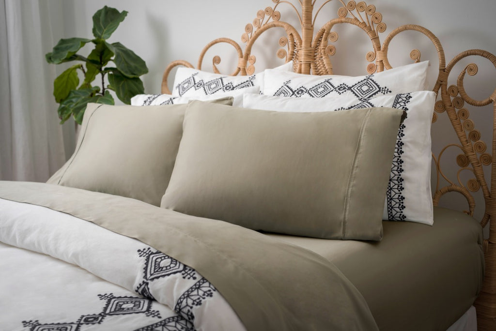 Magnolia Organics Dream Collection Pillowcase Pair