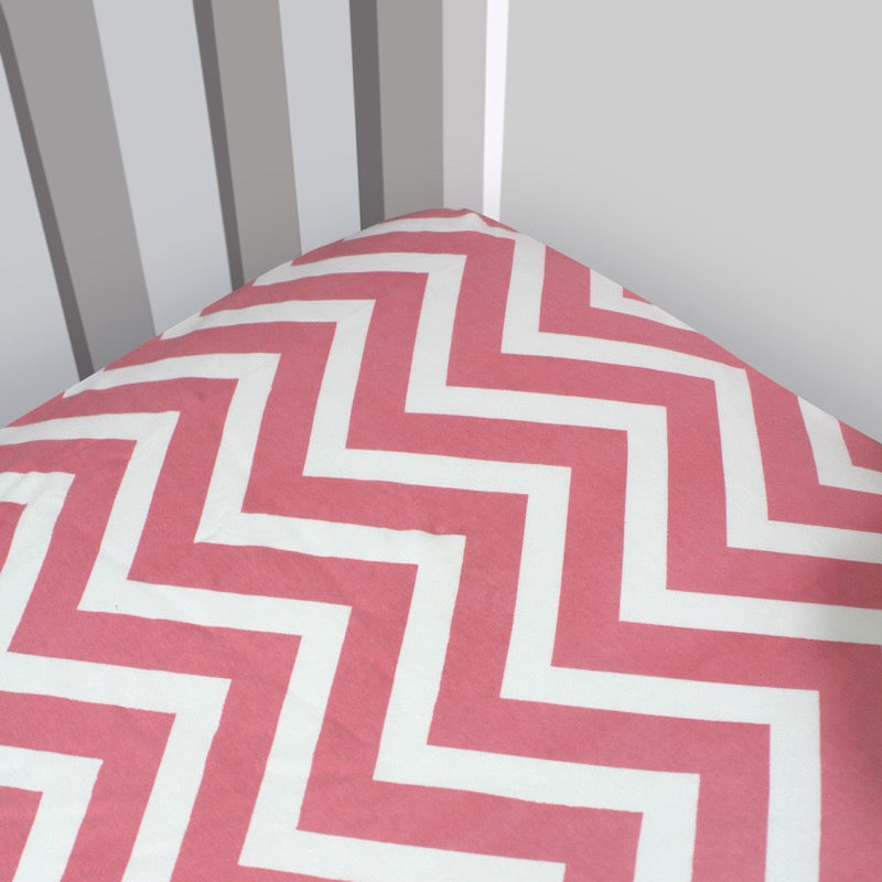 Magnolia Organics Organic Interlock Chevron Crib Sheet