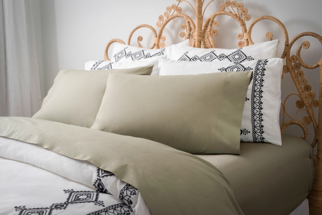 Magnolia Organics Percale Collection Pillowcase Pair