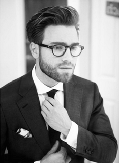 guy in suit with short beard