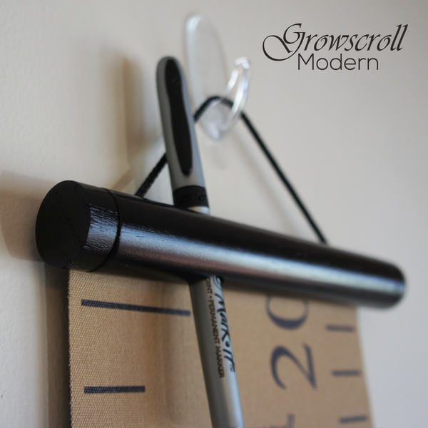 Marker Holder on Modern Growscroll Growth Chart