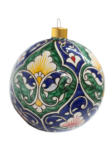 Porcelain Christmas tree decoration with handmade design - round