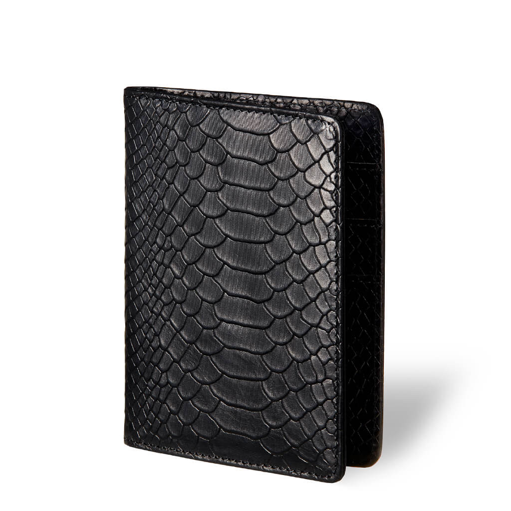 Passport holder 'Eve' black python