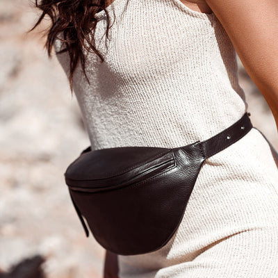 Stylish black leather women's waist bag DAPHNY RAES