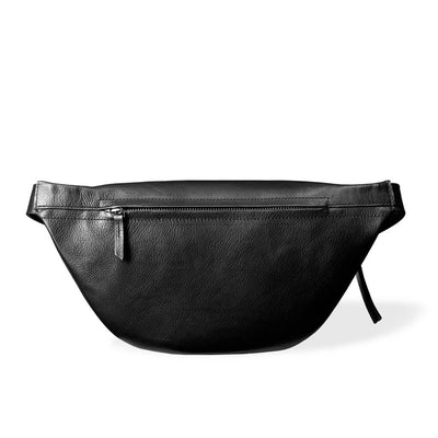 Zipper pocket of oversized black leather women's fanny pack silver zipper DAPHNY RAES