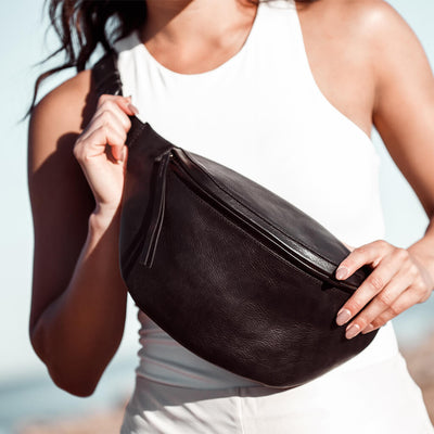 Oversized black leather women's fanny pack DAPHNY RAES