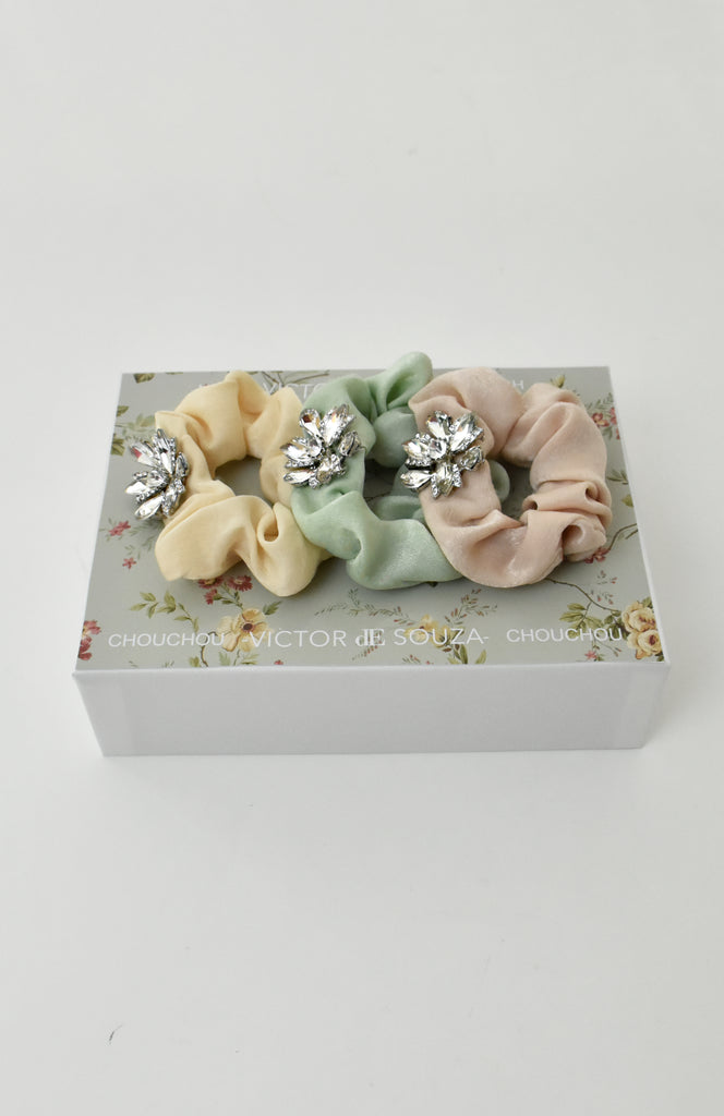 Vintage -set of 3 chouchou hair ponytail holder .