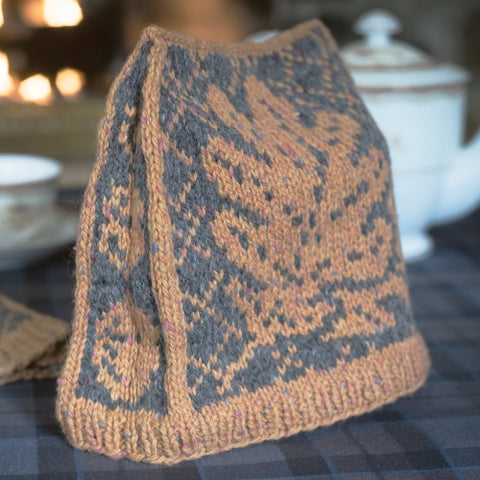 Revirescit Tea Cozy - Outlander Knitting