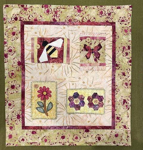 """Wish You Were Here"" Postcard Pocket Quilt Kit"