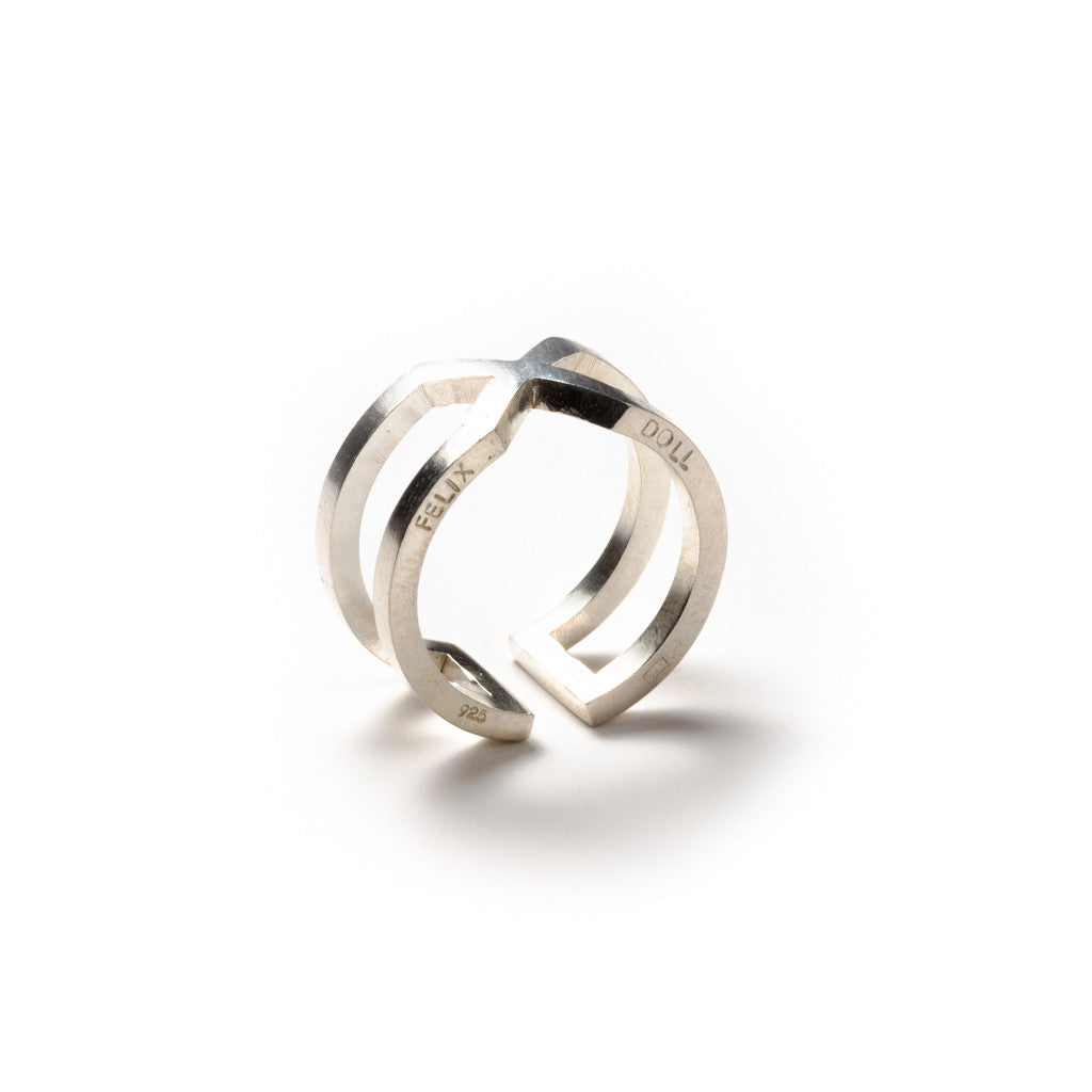 226 B - Round X Ring - silver - Felix Doll Jewelry