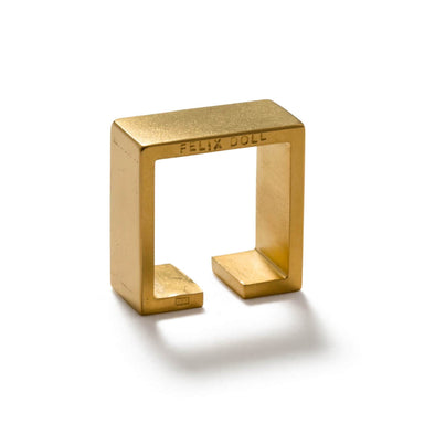 C 230 - Bold Square Ring