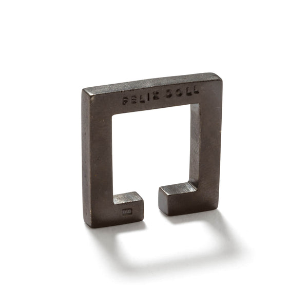 241 C - Solid Square Ring - Rhutenium-plated silver