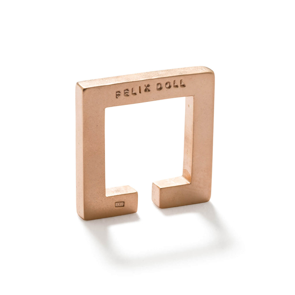 241 C - Solid Square Ring - 18ct rose gold-plated silver