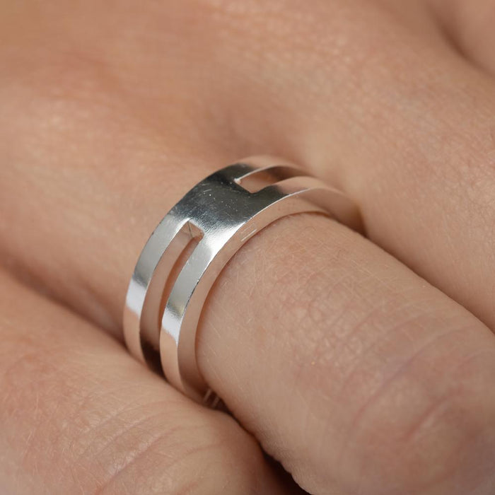 E 259 - Stack Ring