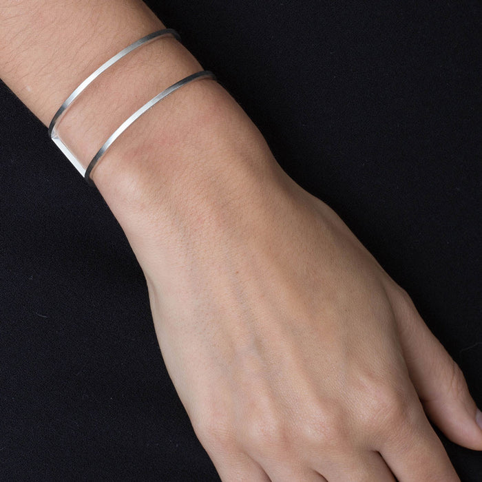 415 B - Round Bracelet with Plate - silver - Felix Doll Jewelry