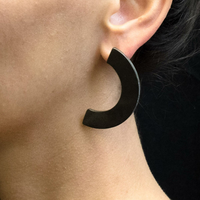 C 619 - Bold Curved Earrings