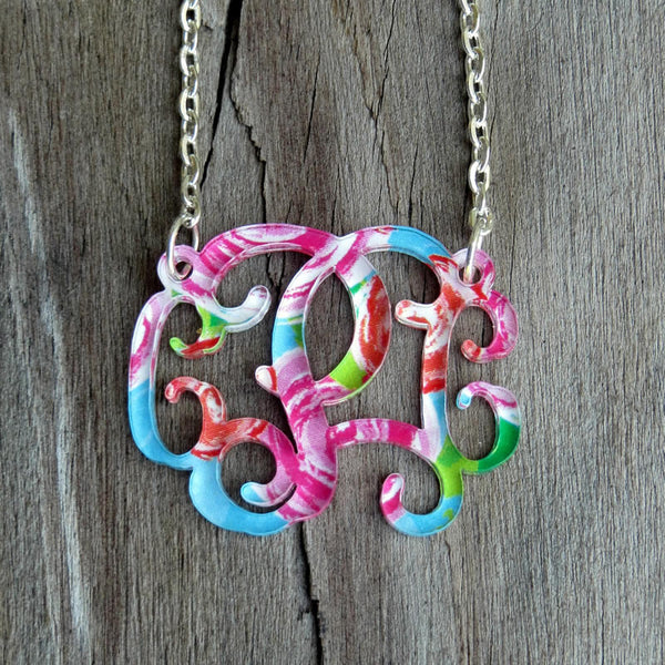 Monogram Necklace (Floating)