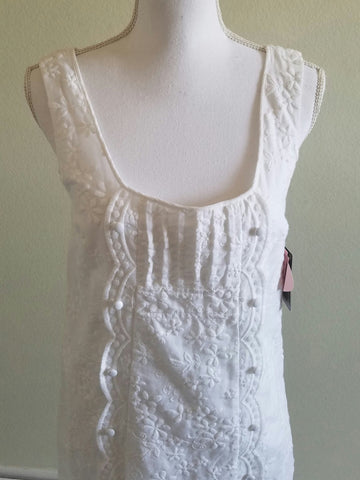 Juicy Couture White Sleeveless dress