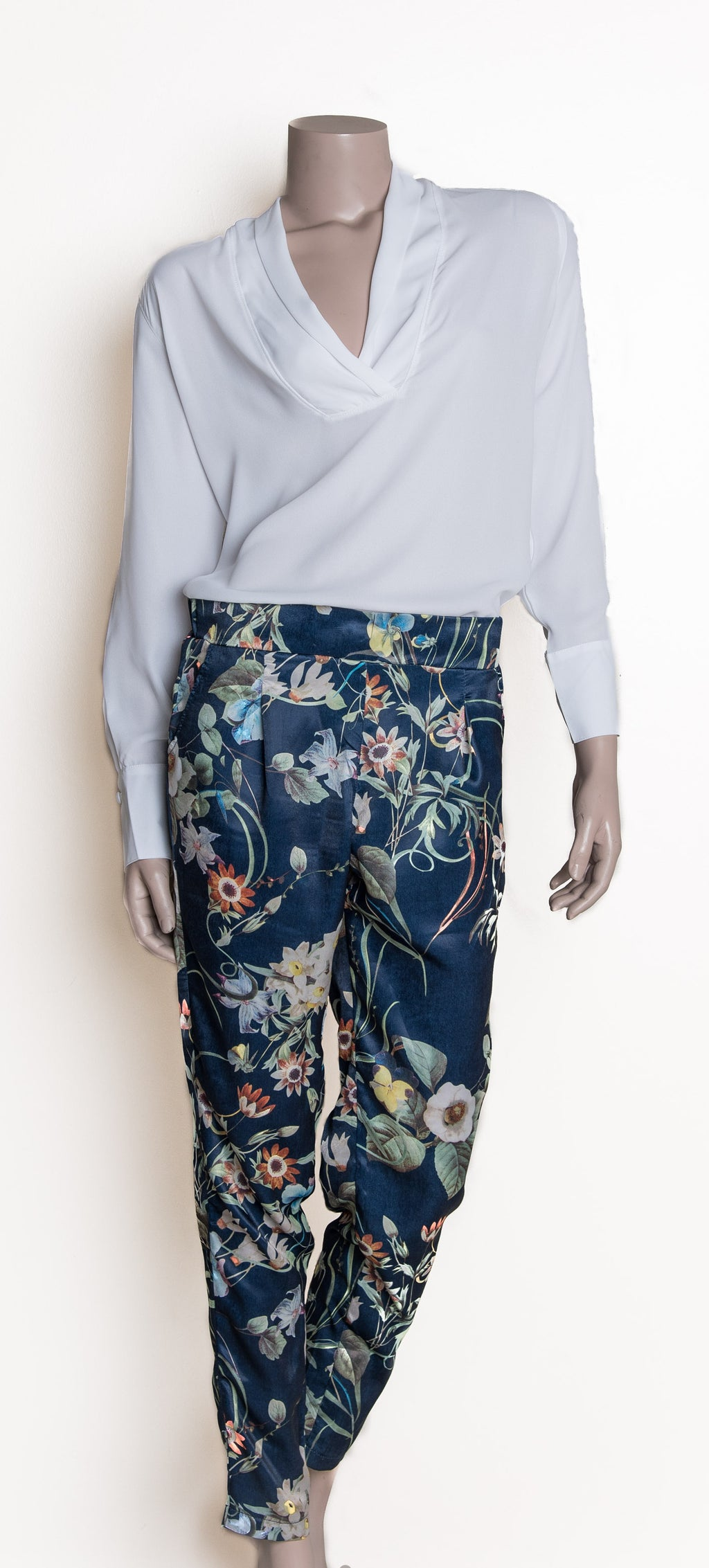 Floral Pants - Navy