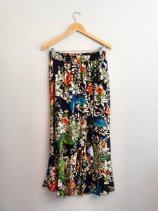 Leigh wrap skirt - Black Floral