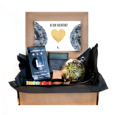 Can we be your Valentine? L. February Give Away: Valentine's Day Giftbox!