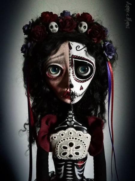 MORTIA: BETWEEN LIFE AND DEATH by artist Ioanna Tsouka (Anima ex Manus Art Dolls)