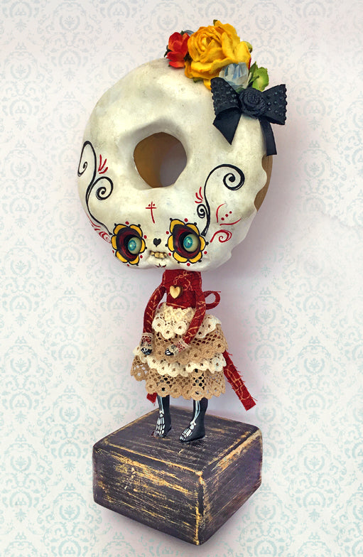 LA DULCE MUERTE by artist Domenico Scalisi (Nobu Happy Spooky)