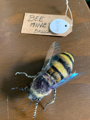 BEE MINE BROOCH by artist Disfairy