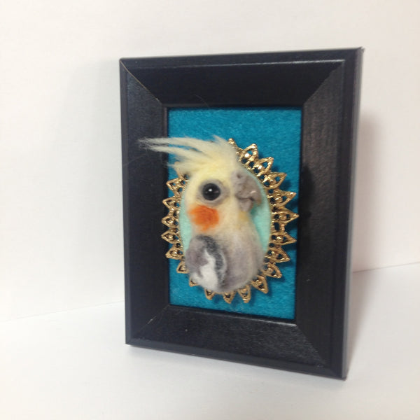JAZZ NEEDLE FELTED BROOCH by artist Julie B