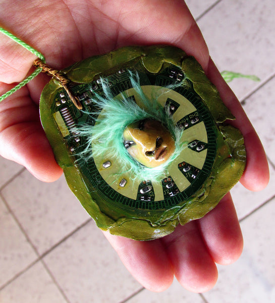GREEN PENDANT 2 by artist Patricia Krebs