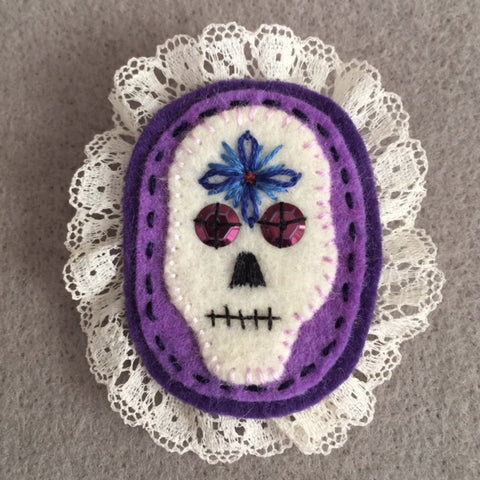 SKULL BROOCH (purple) by artist Ulla Anobile