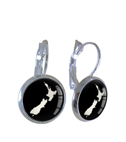 NZ map silver leaf - Earrings - gonepottynz
