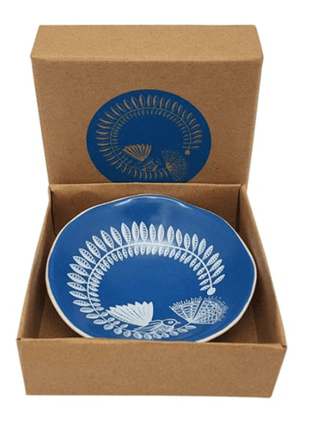 Aroha bowls | Jo Luping - White Fantail & Pahutakawa on Blue