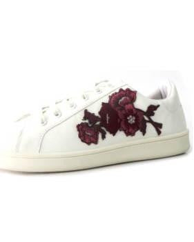 White Sneaker With Embroidered Flowers
