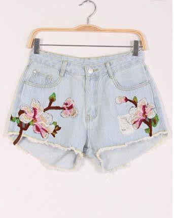 Floral Embroidered Distressed Light Denim Short
