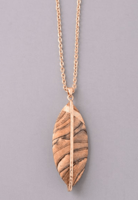 Marbled Wood Tone Pendant Necklace