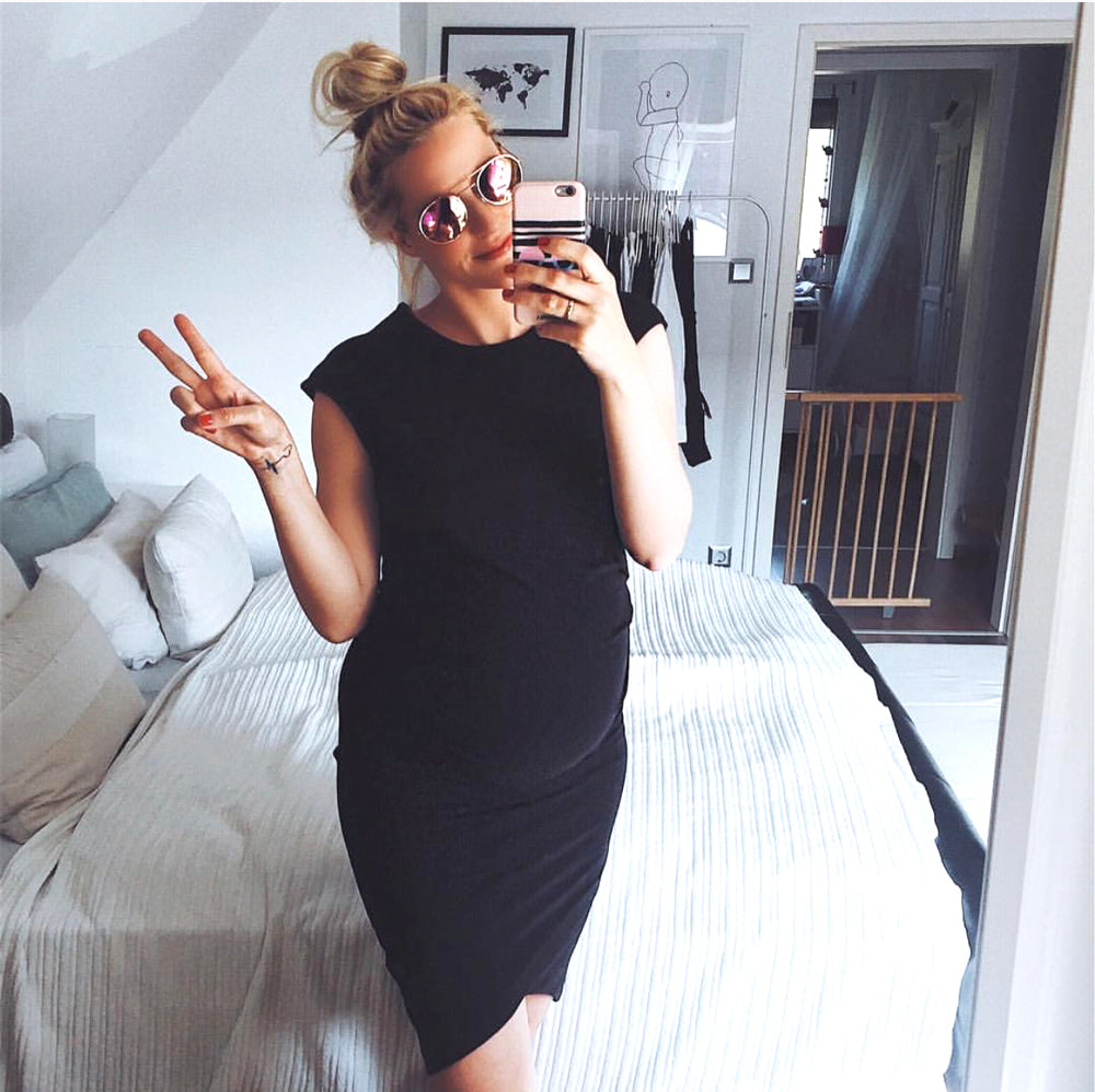 Black Body-con Maternity Dress