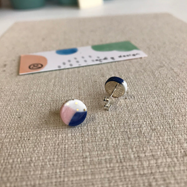 Trio Stud Earrings / Navy, Pale Pink & White