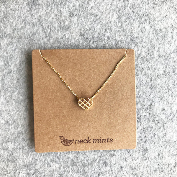 Heart grid necklace / Gold