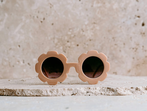 Daisy Shaped Kids Sunglasses / Nectar