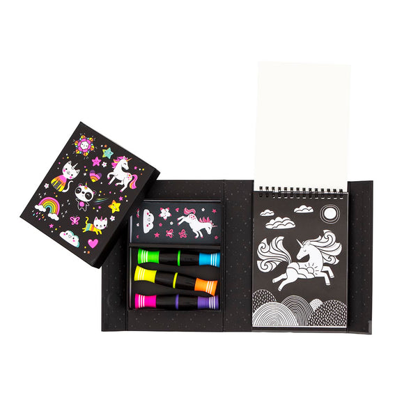 Neon Colouring Set / Unicorns and Friends